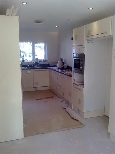 S o 39 neill electrical ltd fitted kitchen gallery 4 for Fitted kitchen quotes